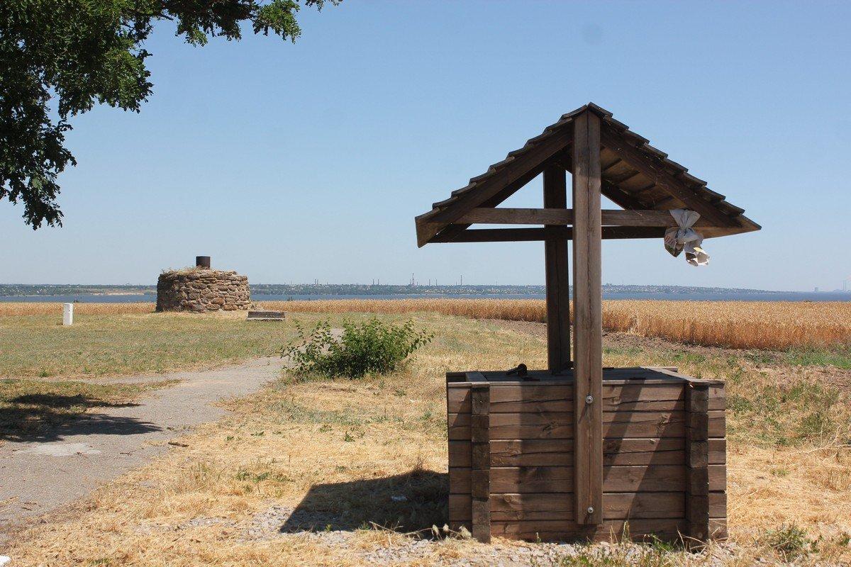 Недалеко от этого места хотели построить исторический комплекс для туристов