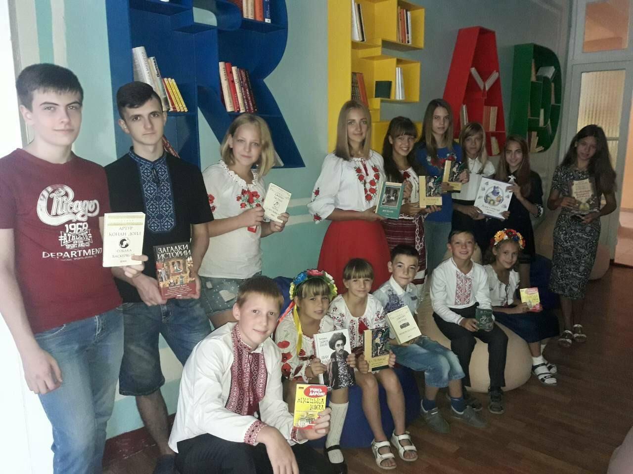 Книги подарили школе№ 3, детском саду № 10 и инклюзивно-ресурсному центру