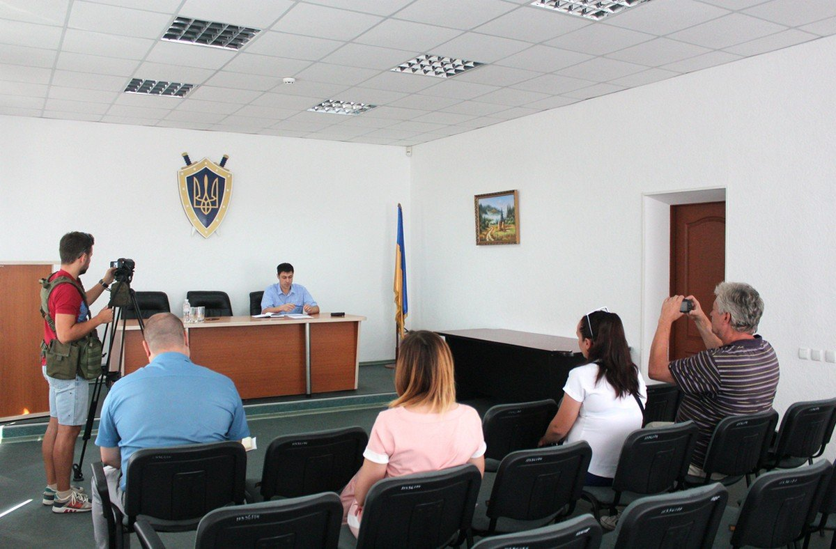 В здании прокуратуре Никополя состоялся брифинг с журналистами