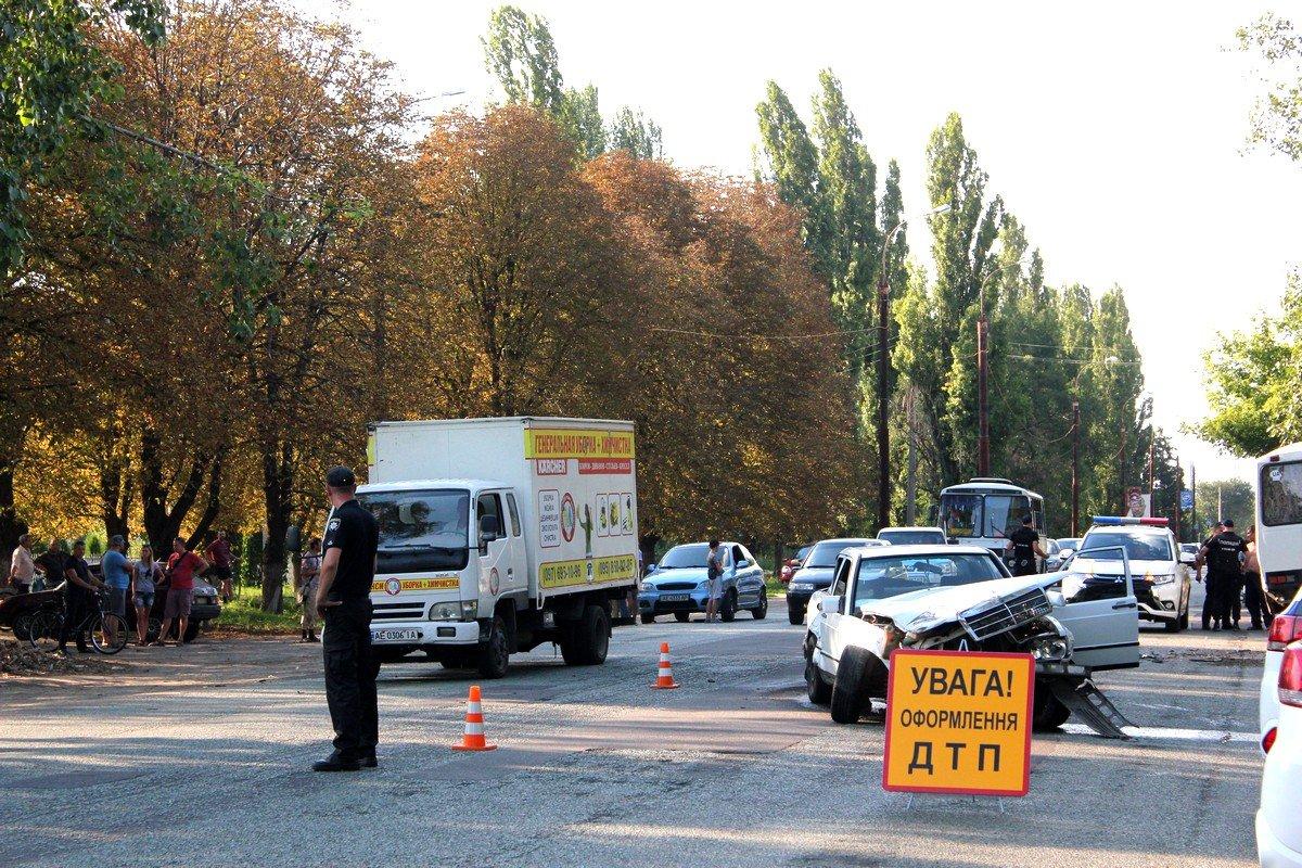 В Никополе случилась масштабная авария