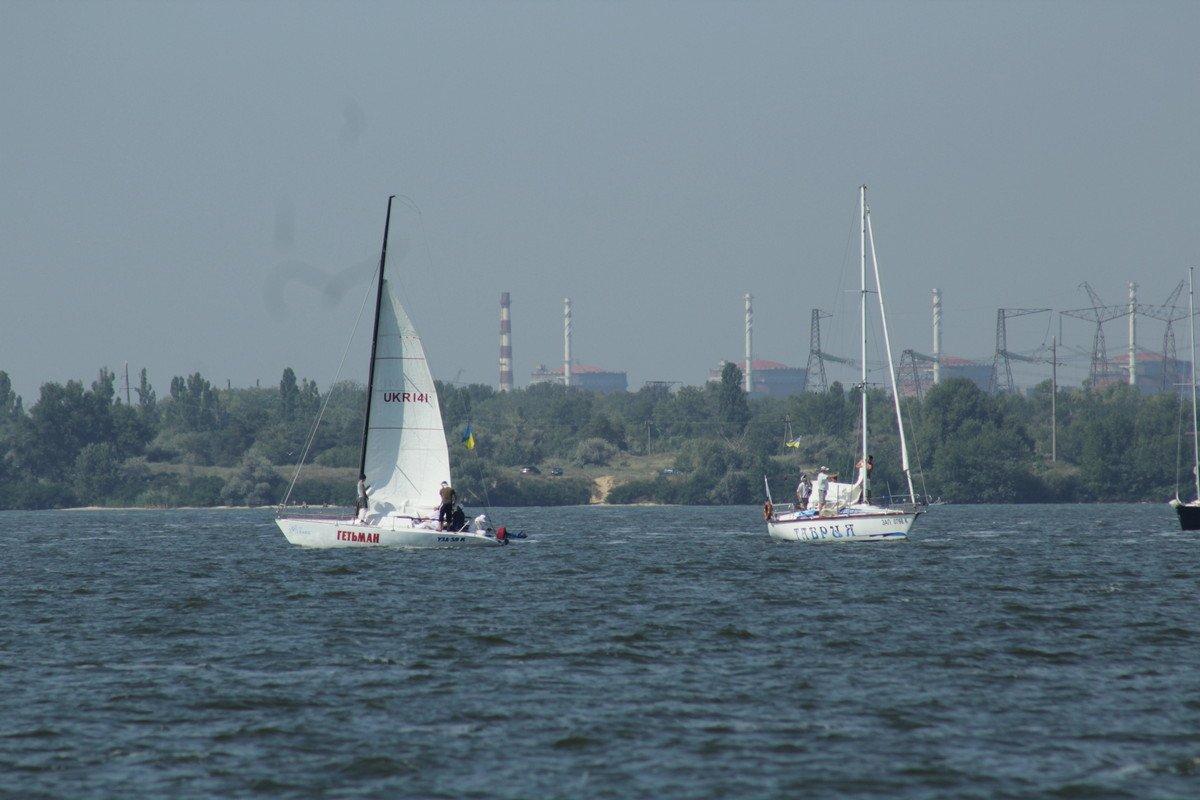 Участие в регате приняли четыре экипажа из Никополя