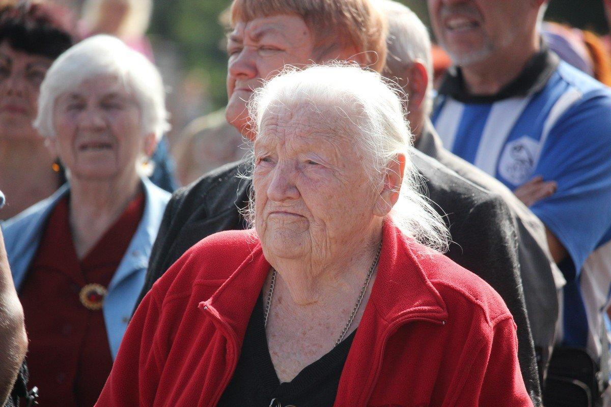 Завышенные тарифы и минимальная пенсия - не дают украинцам шансов на безбедную старость