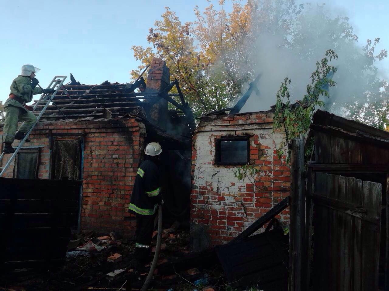 В Томаковке во время пожара погиб 38-летний мужчина