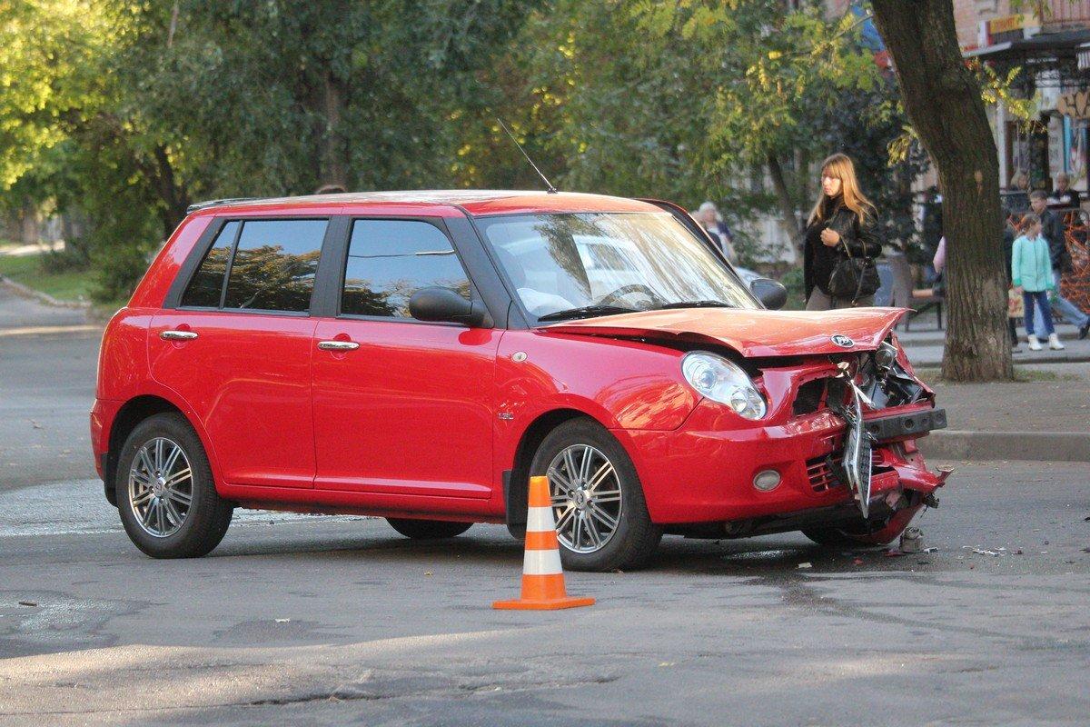 Daewoo не уступил дорогу автомобилюLifan