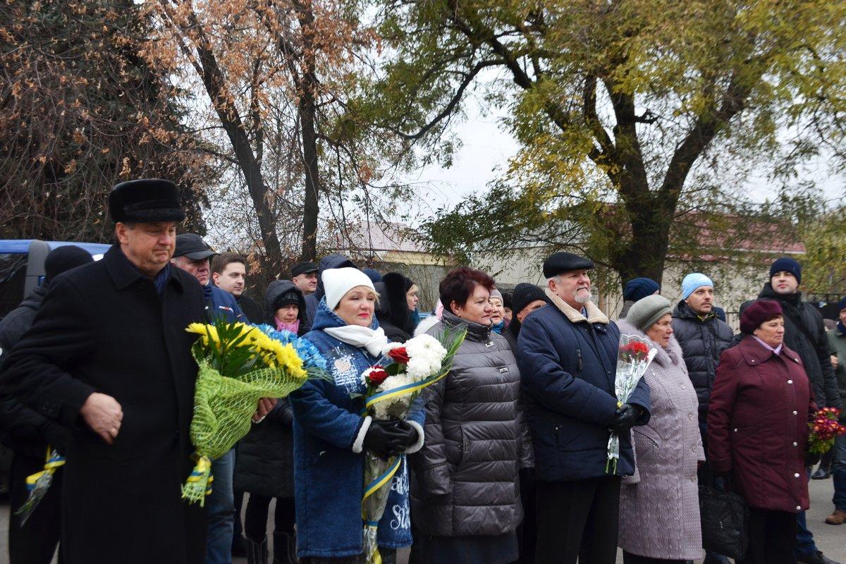 В Никополе почтили память жертв Голодомора и политических репрессий