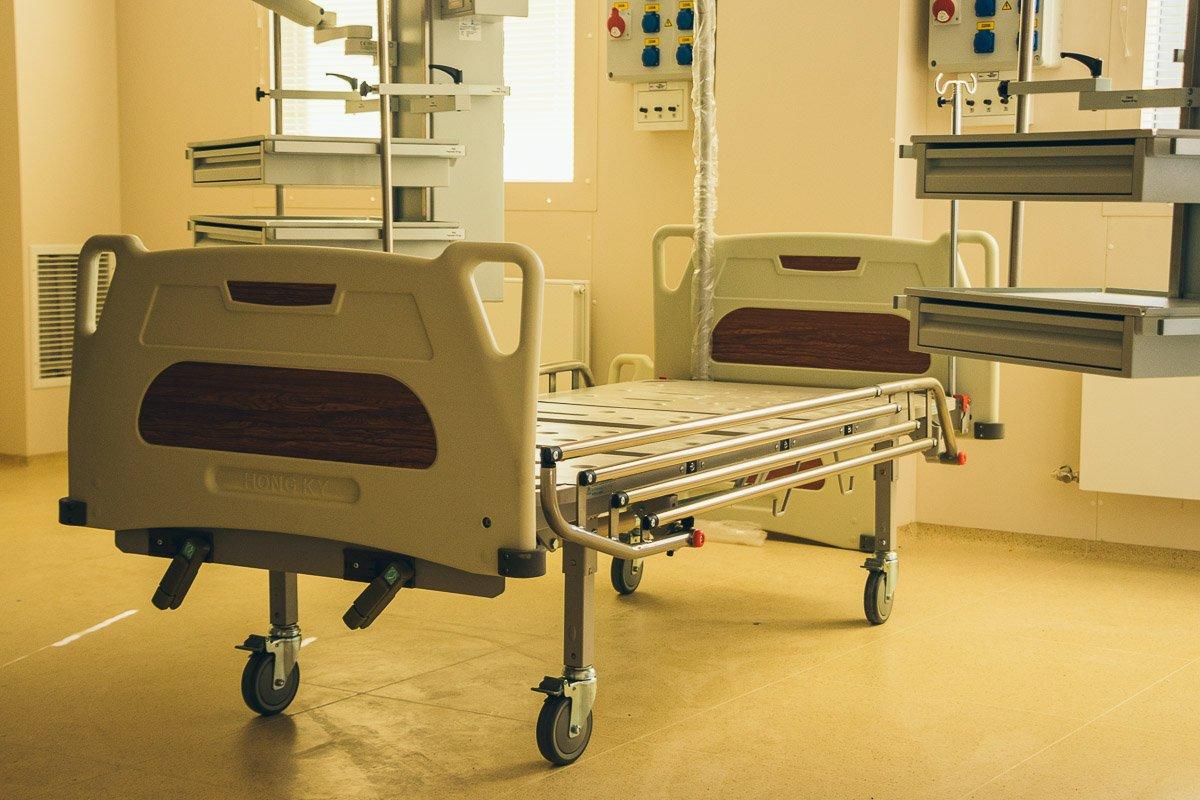 На 6-м этаже находятся операционные с ламинарной системой подачи воздуха и инновационным оборудованием