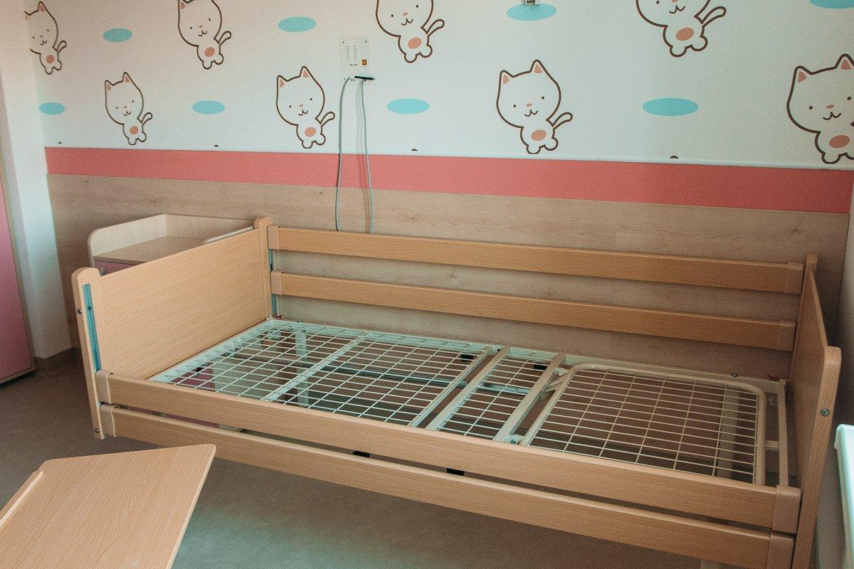 Мебель обошлась в 10 — 12 миллионов гривен