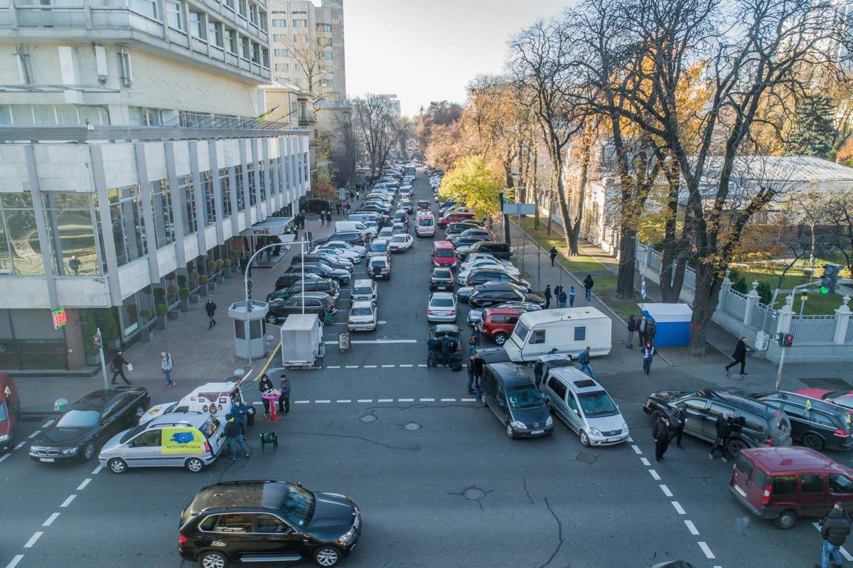 Автомобилисты добиваются принятия законопроектов №8487 и 8488