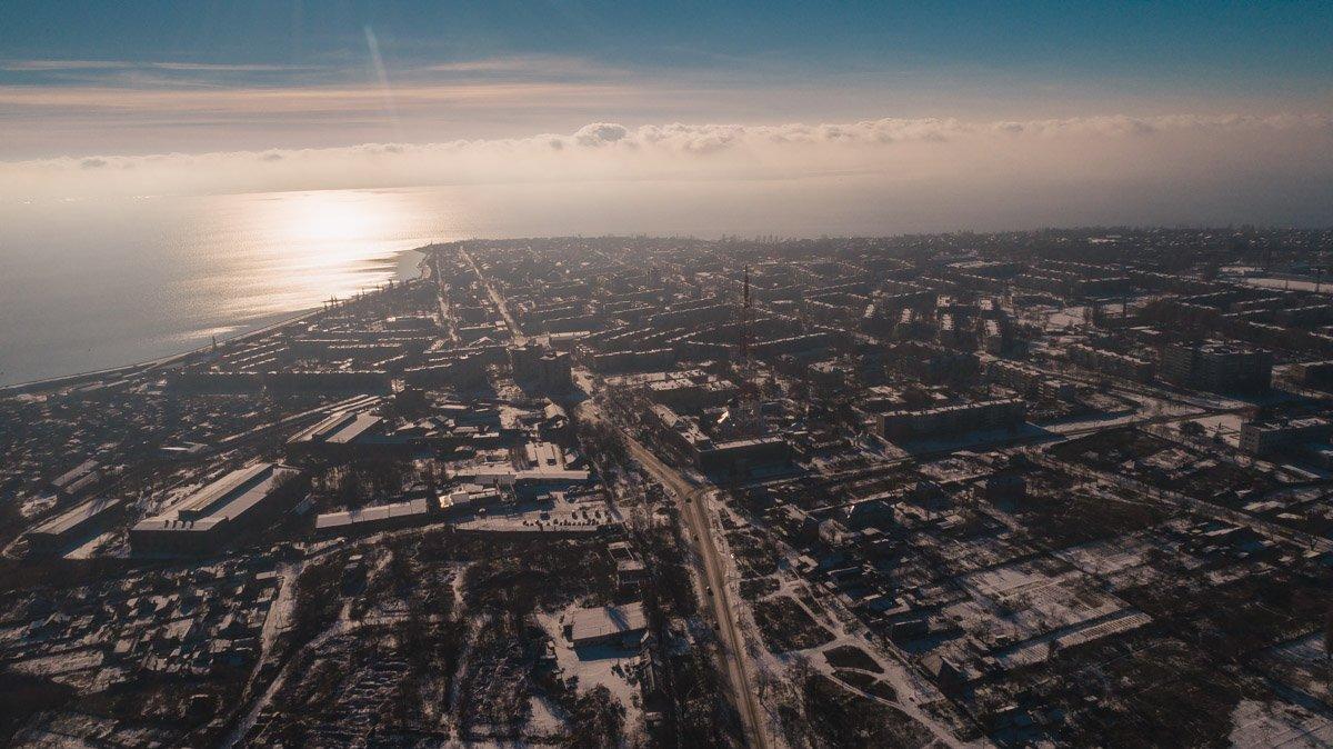 Любимый город в лучах зимнего солнца ослепительно прекрасен