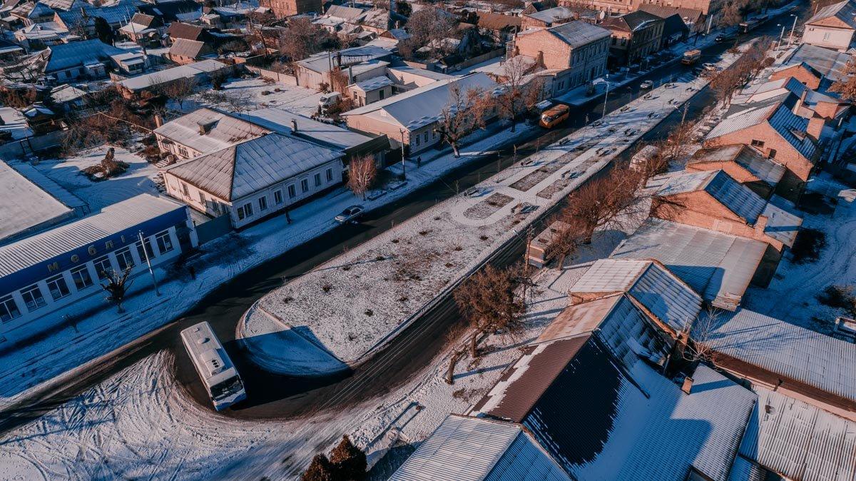 Старая часть города в зимний день