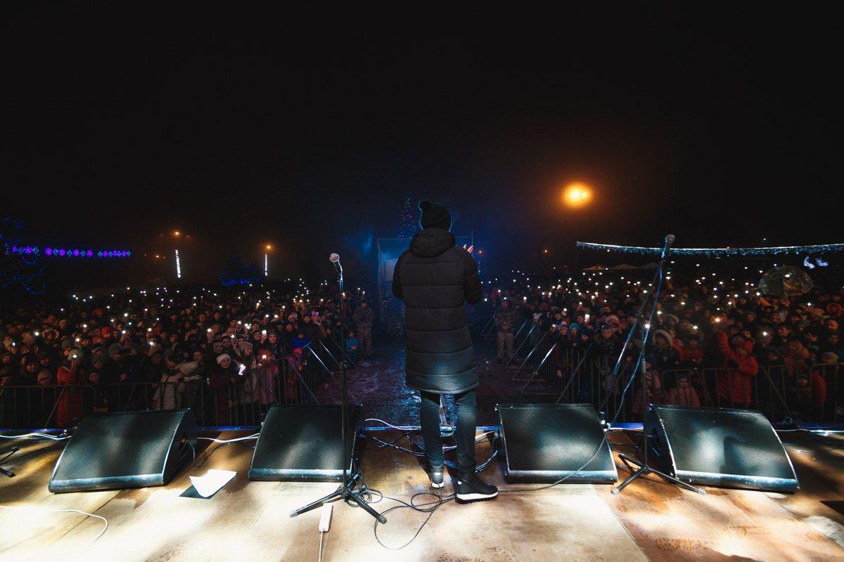 """Концерт собрал более тысячи поклонников группы """"Неангелов"""""""