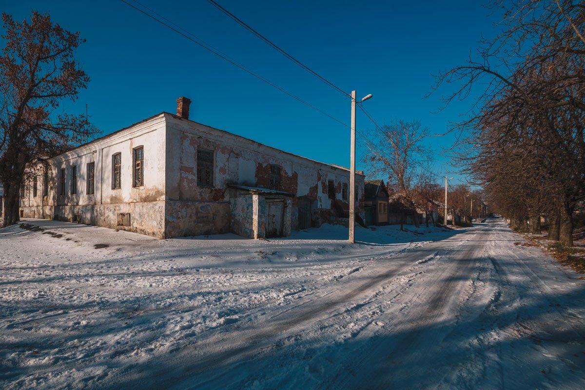 Дома и подвалы старой части города хранят свою историю