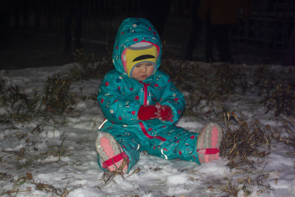 Лепим снеговика. Фото: Мария Дымченко