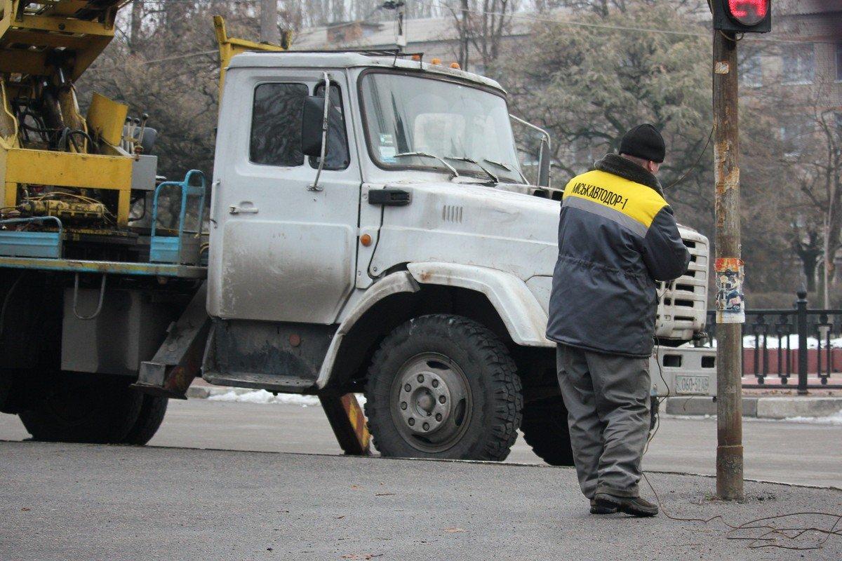 В Никополе ограничено движение на нескольких улицах