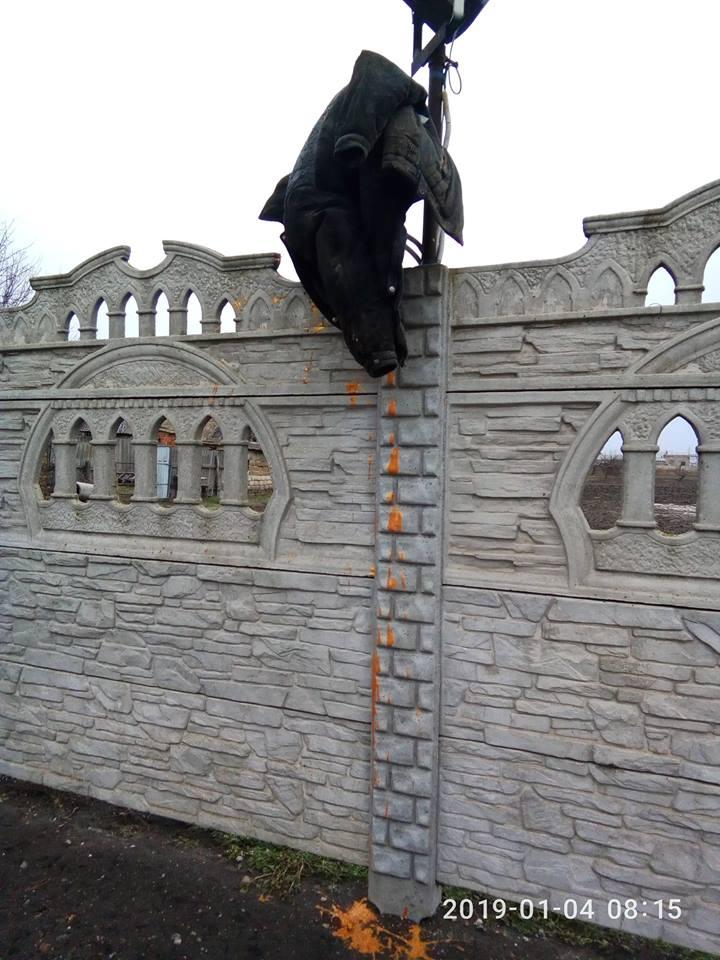 С 3 на 4 января в храмеПокрова Пресвятой Богородицы в селе Веселом орудовали вандалы