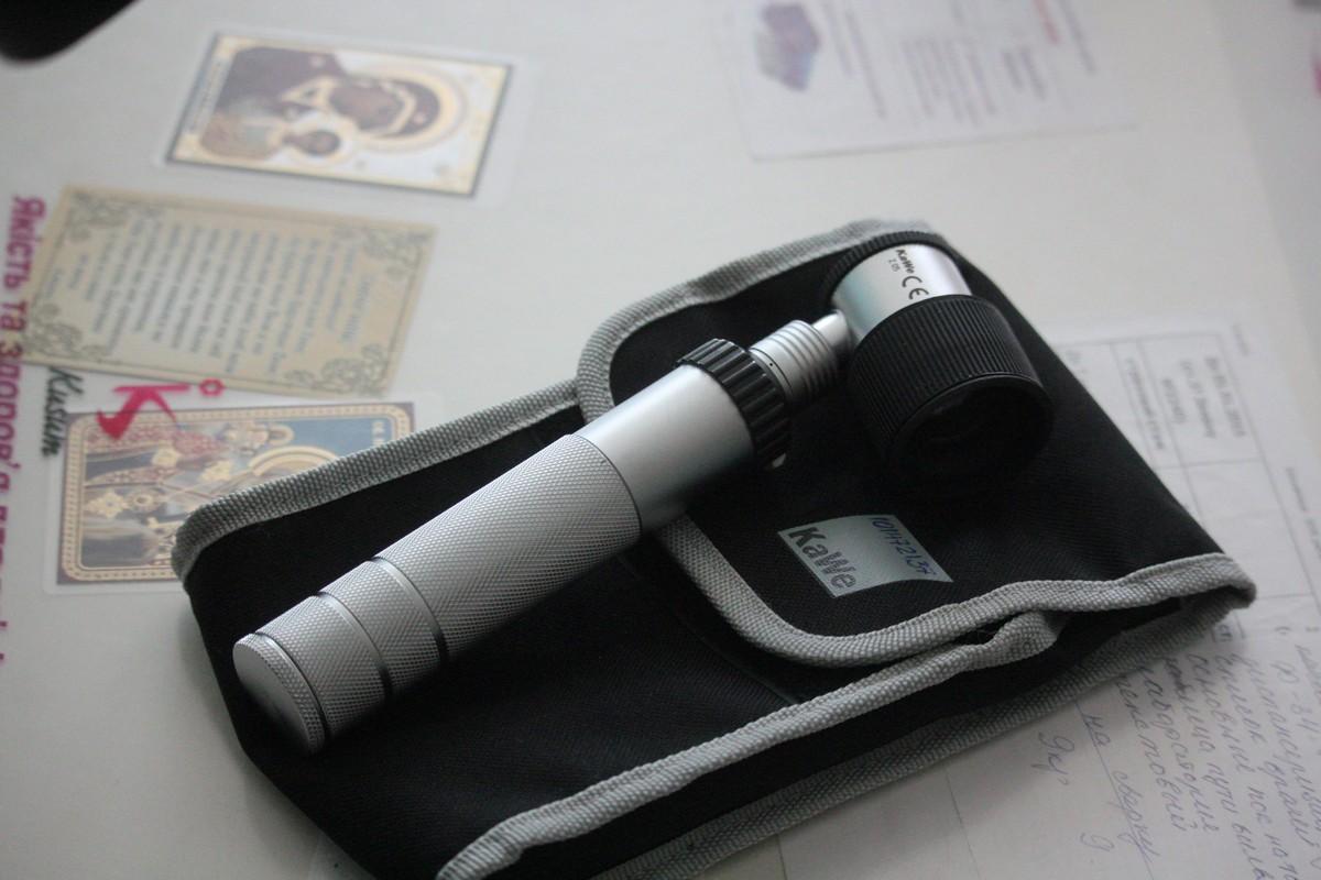 Дерматоскоп помогает определить состояние родинки