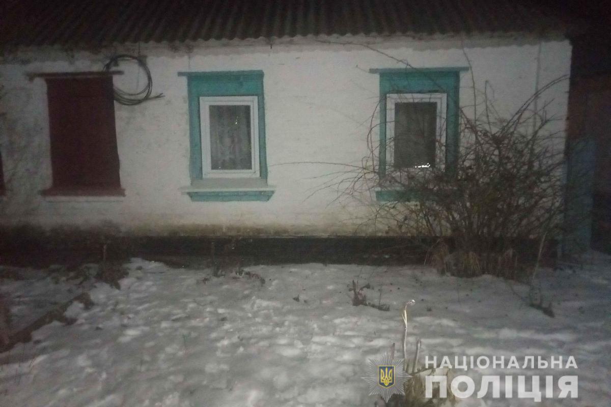 Вор зашел в дом никопольчанки под видом соседа