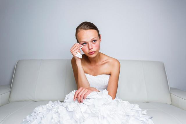 Попробуйте надавить на жалость в поисках пары