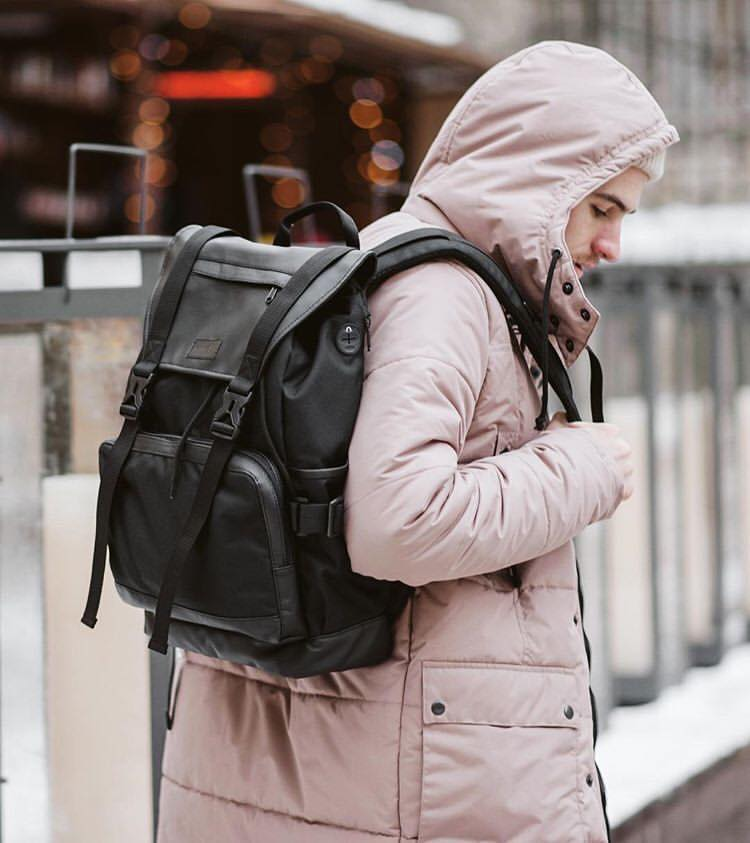 Такой рюкзак подойдет и для урбаниста, и для путешественника, и для студента, и для офисного сотрудника