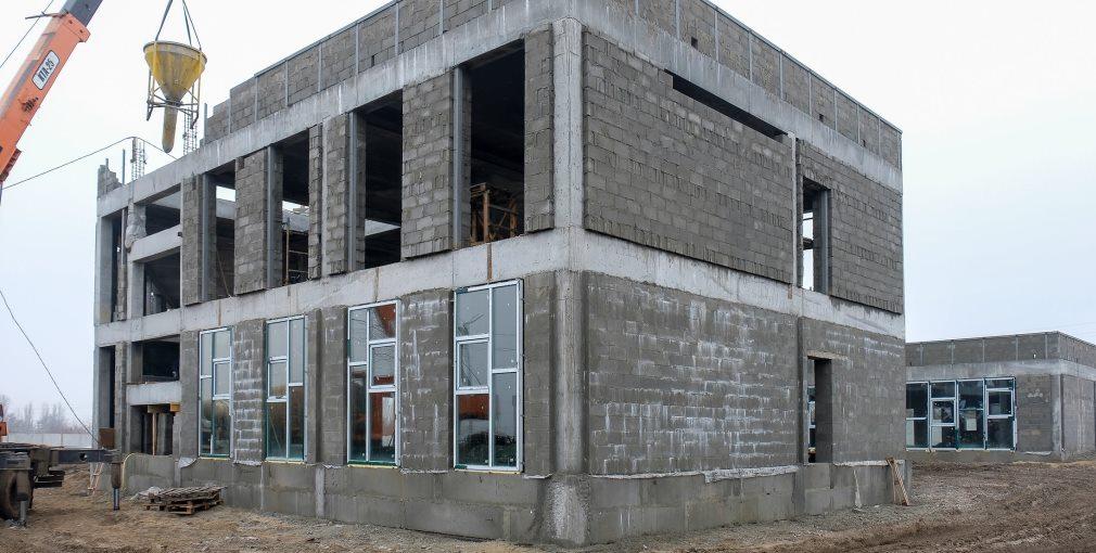 В Покрове продолжается строительство нового детского сада