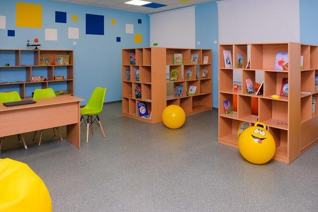 Медиатека - современная библиотека, где можно почитать или пообщаться с друзьями
