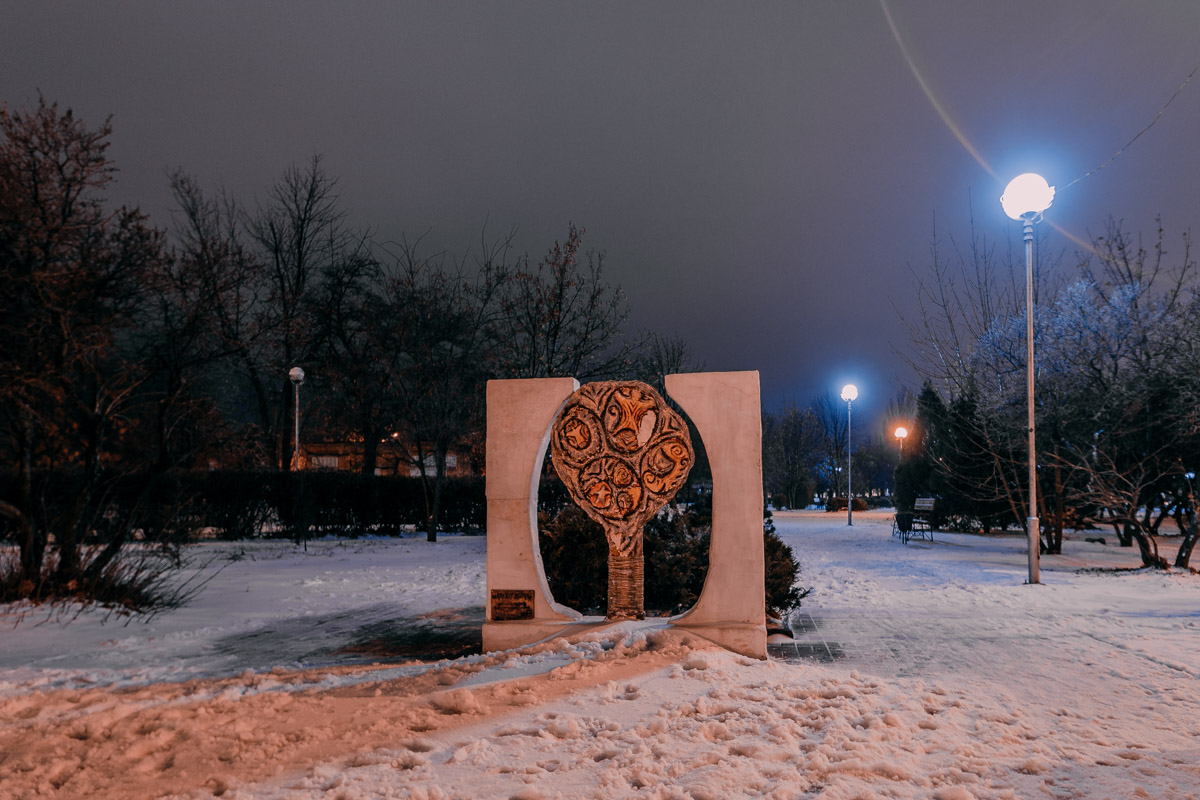 Аллеи в снегу