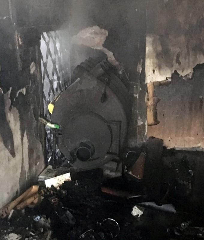 Причины пожара установит полиция