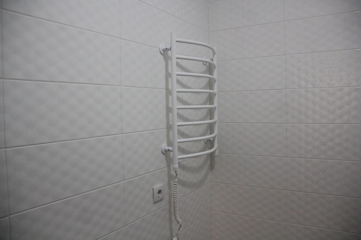 Душевые комнаты оборудованы всем необходимым