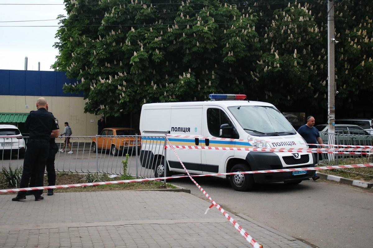 Полиция огородила территорию для следственных действий