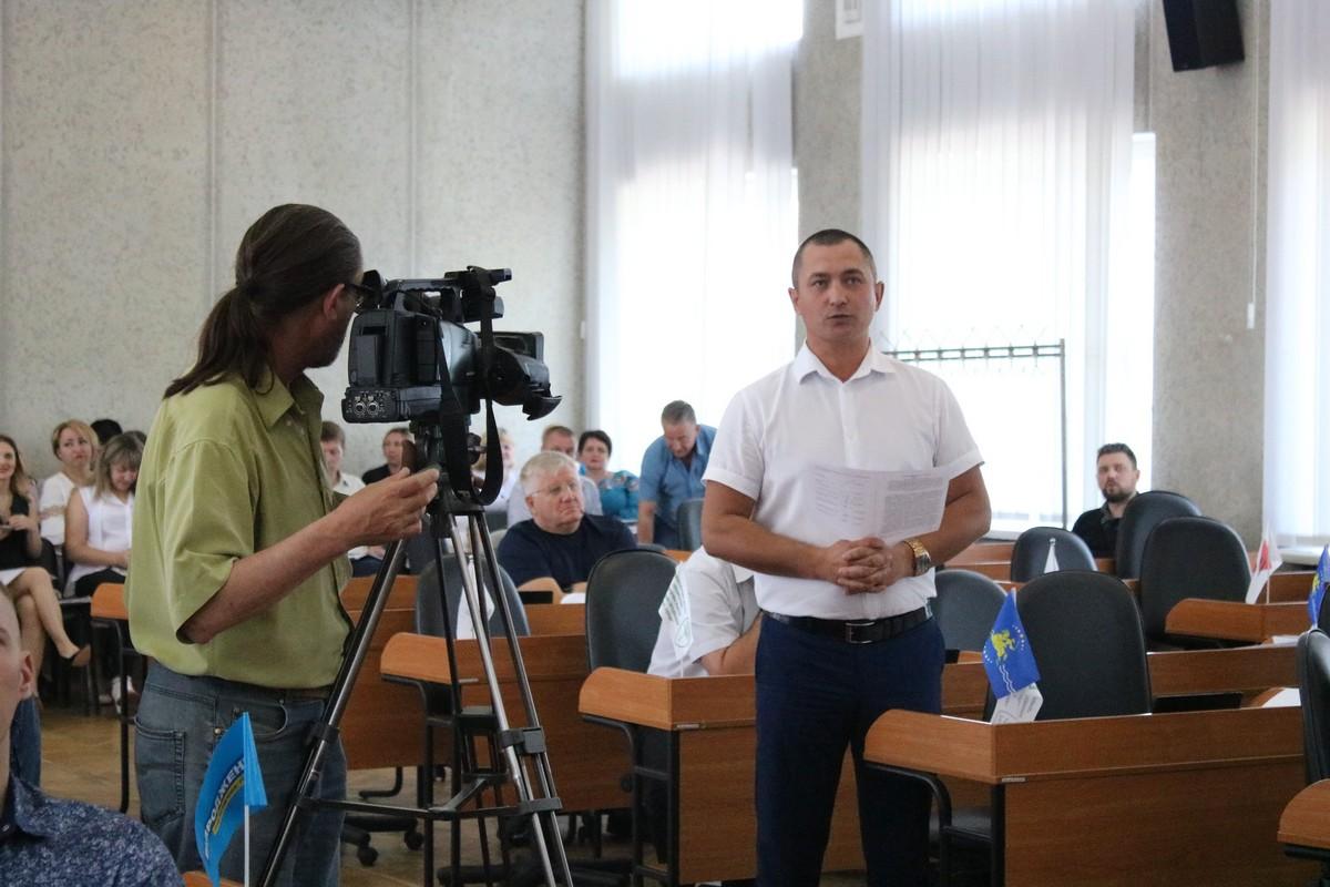 Депутат Максим Юхно