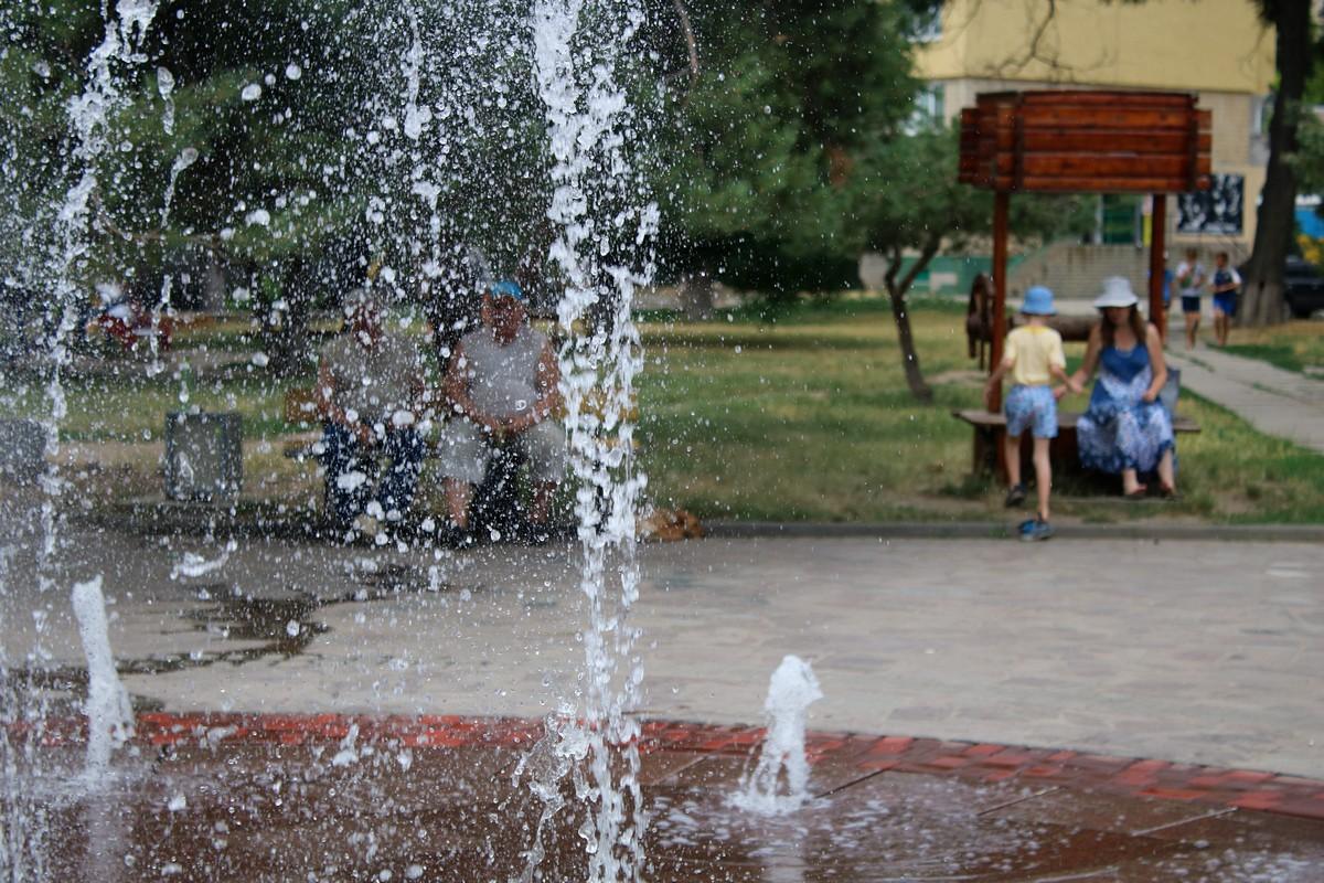 Охладиться можно возле нового фонтана