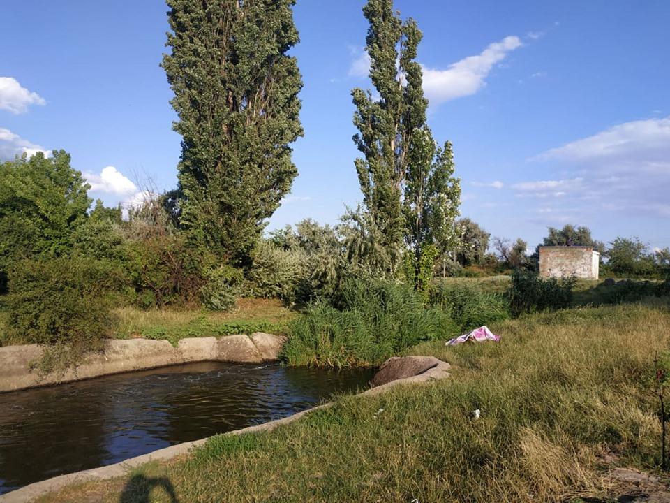 В селе Пригородное подростки нашли в реке труп мужчины