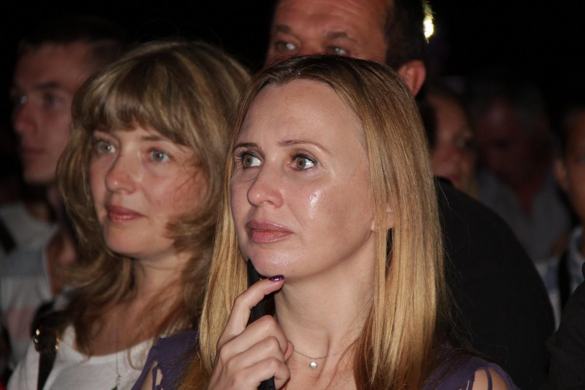 Журналист Алена Радченко прекрасна даже после 13-часового рабочего дня