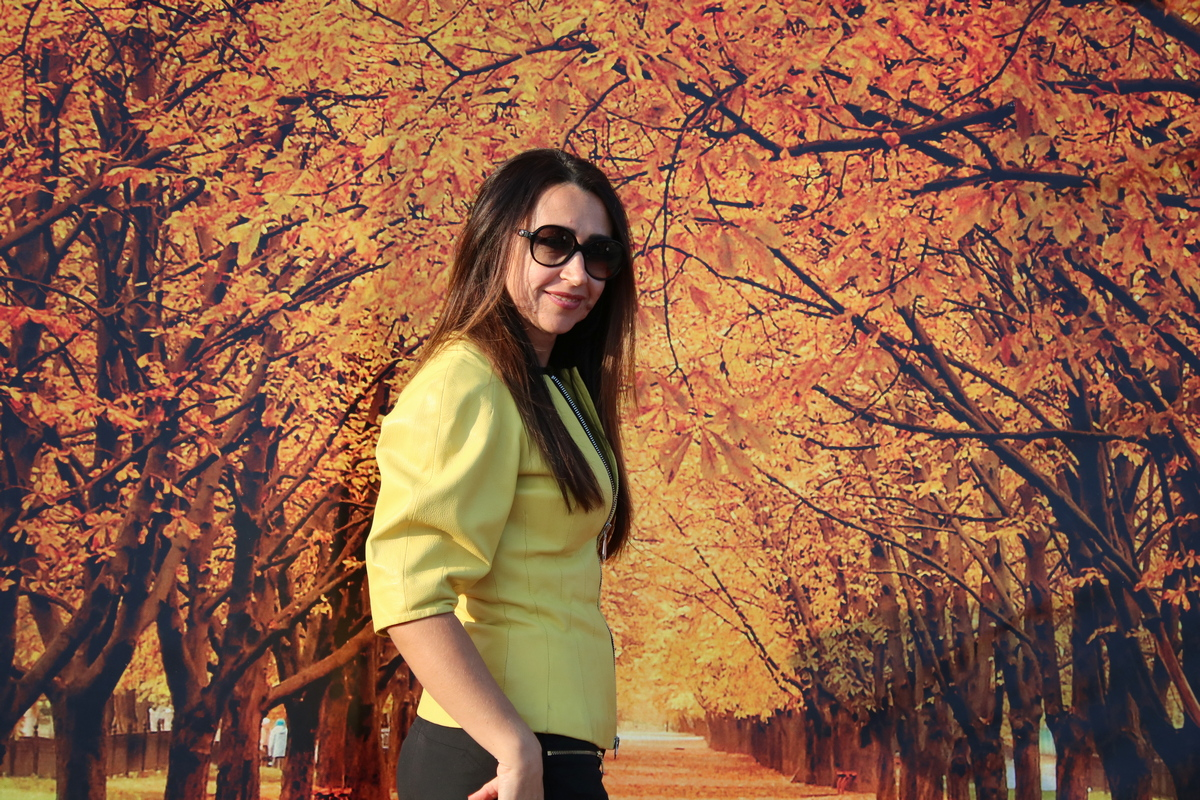 В теплых лучах осени