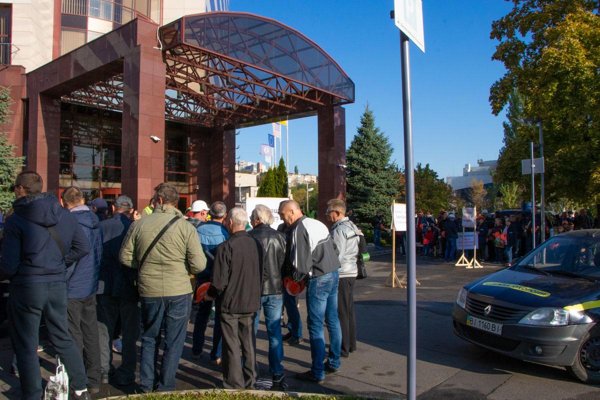 ПриватБанк не является участником соглашения об урегулировании данного спора между НБУ и Никопольским заводом ферросплавов