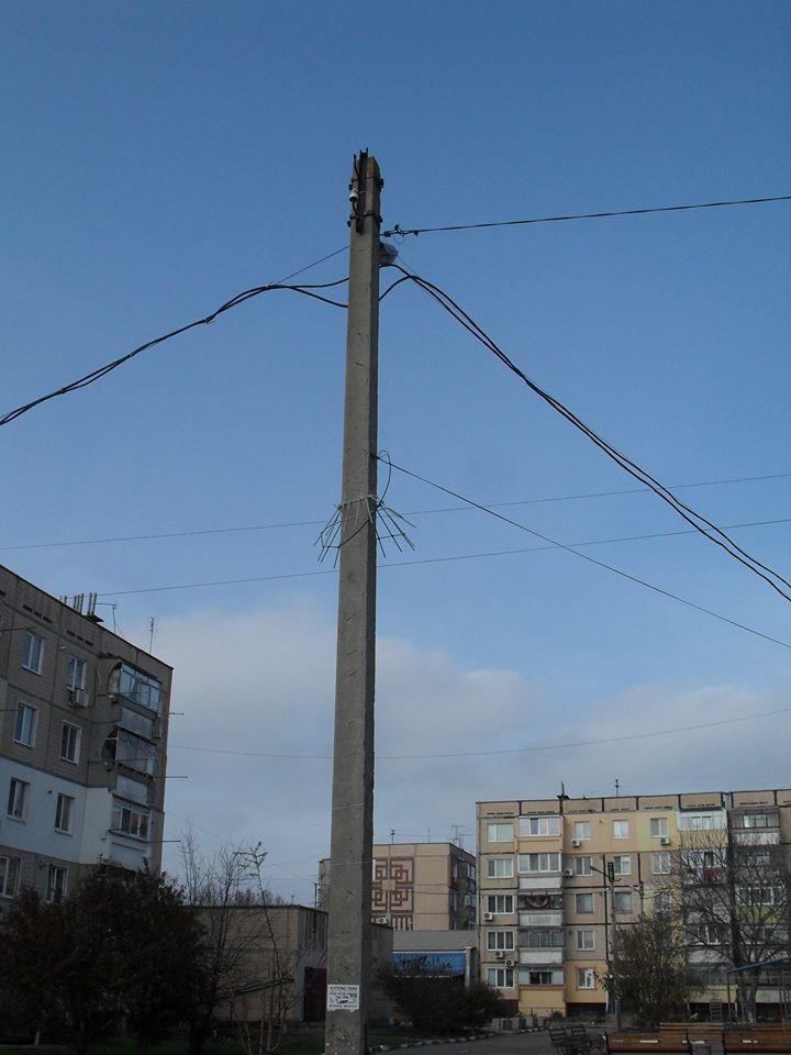 В Никополе на улице Изюмской ночью украли камеру видеонаблюдения