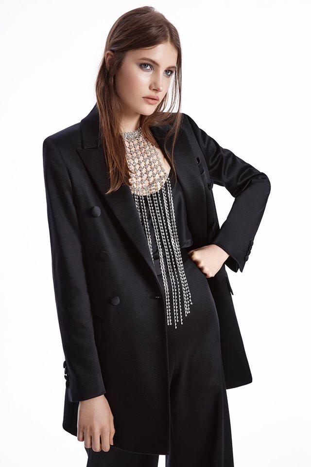 17-летняя модель из Никополя снимается для глянца
