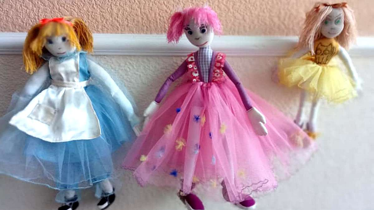 Стоимость куклы 200 гривен