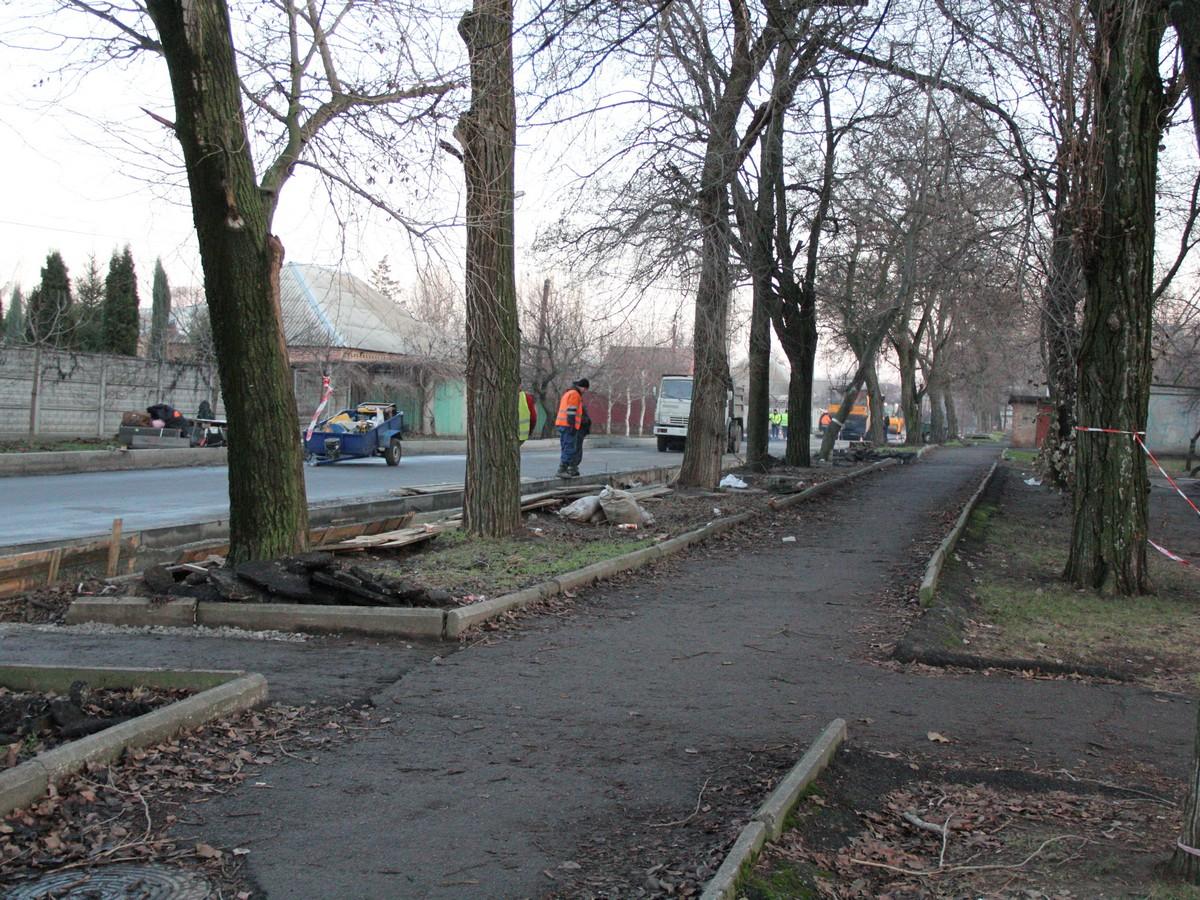 Нікополь ремонтують: вулиця Мозолевського