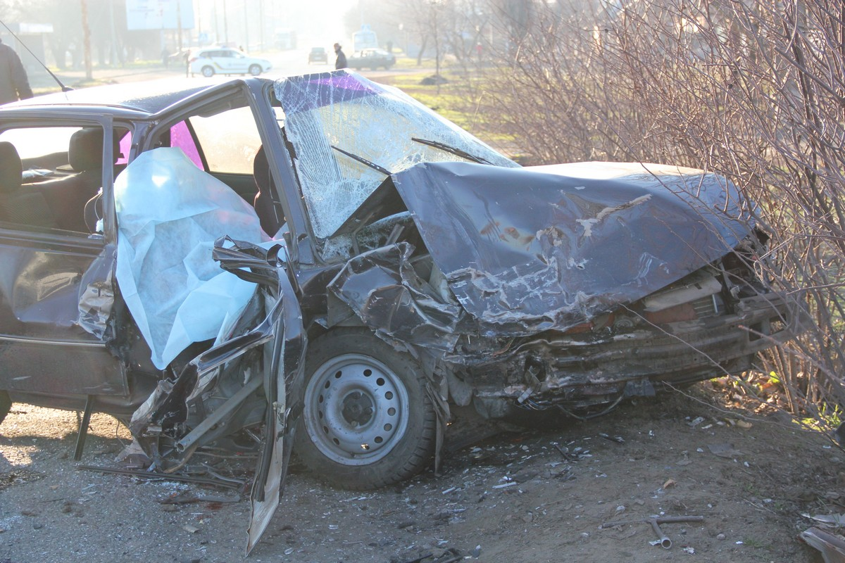 В автомобиле Daewoo погиб пассажир