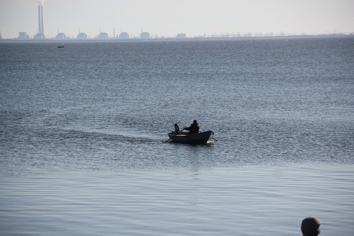 На веслах- хорошая разминка