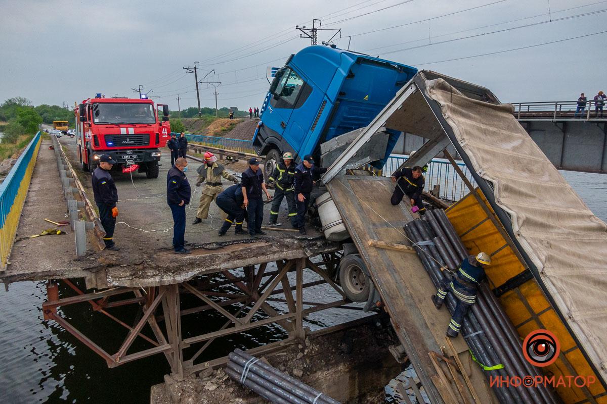 20 мая возле Алексеевки обвалился мост