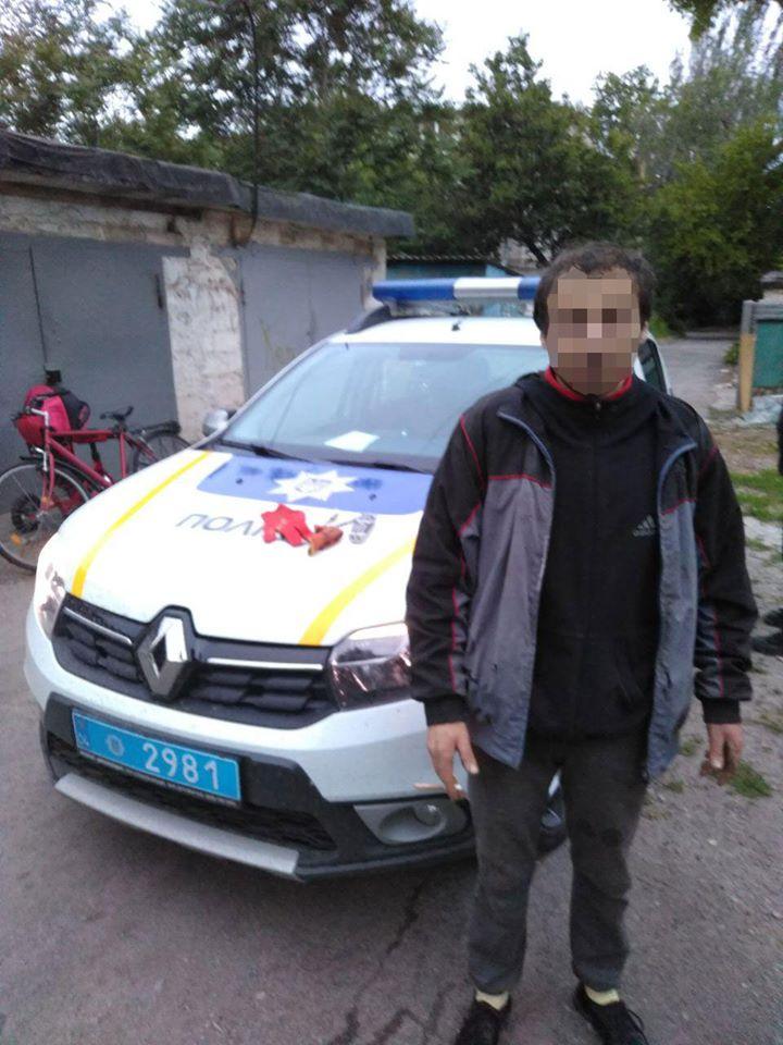 """В Никополе поймали на """"горячем"""" вора, который похитил два велосипеда"""