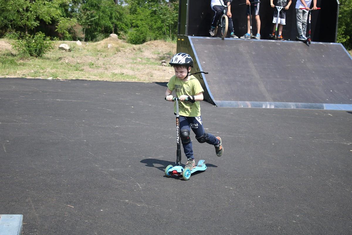 В Никополе появился скейт-парк для экстремалов