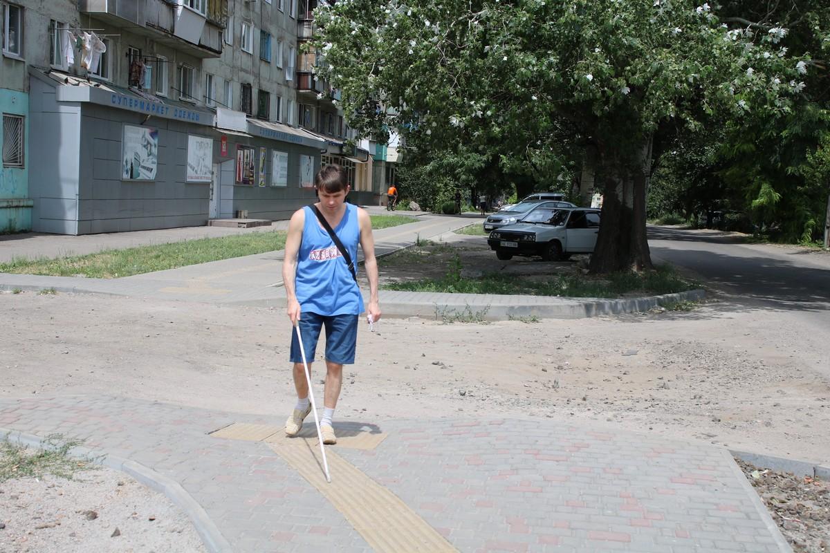 На улице Каштановой, недалеко от Сельского рынка