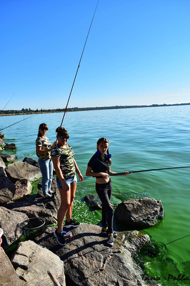 В Никополе прошел первый женский рыболовный фестиваль