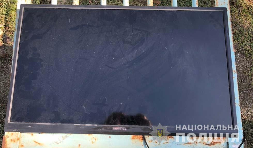 Мужчина похищал телевизоры и пылесосы