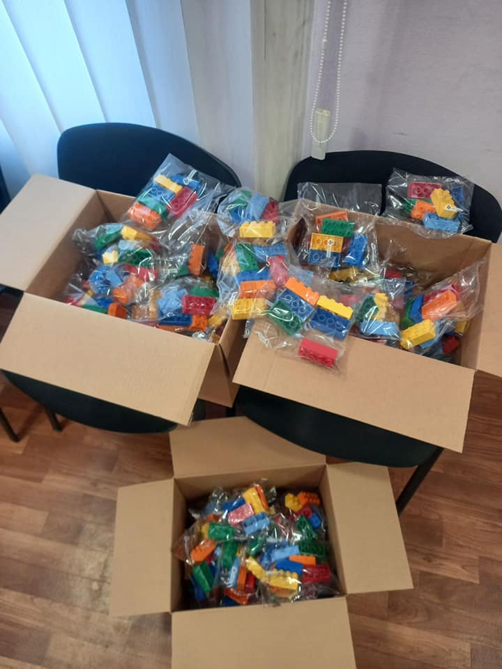 В Никополе 1250 школьников получат игровые наборы для обучения
