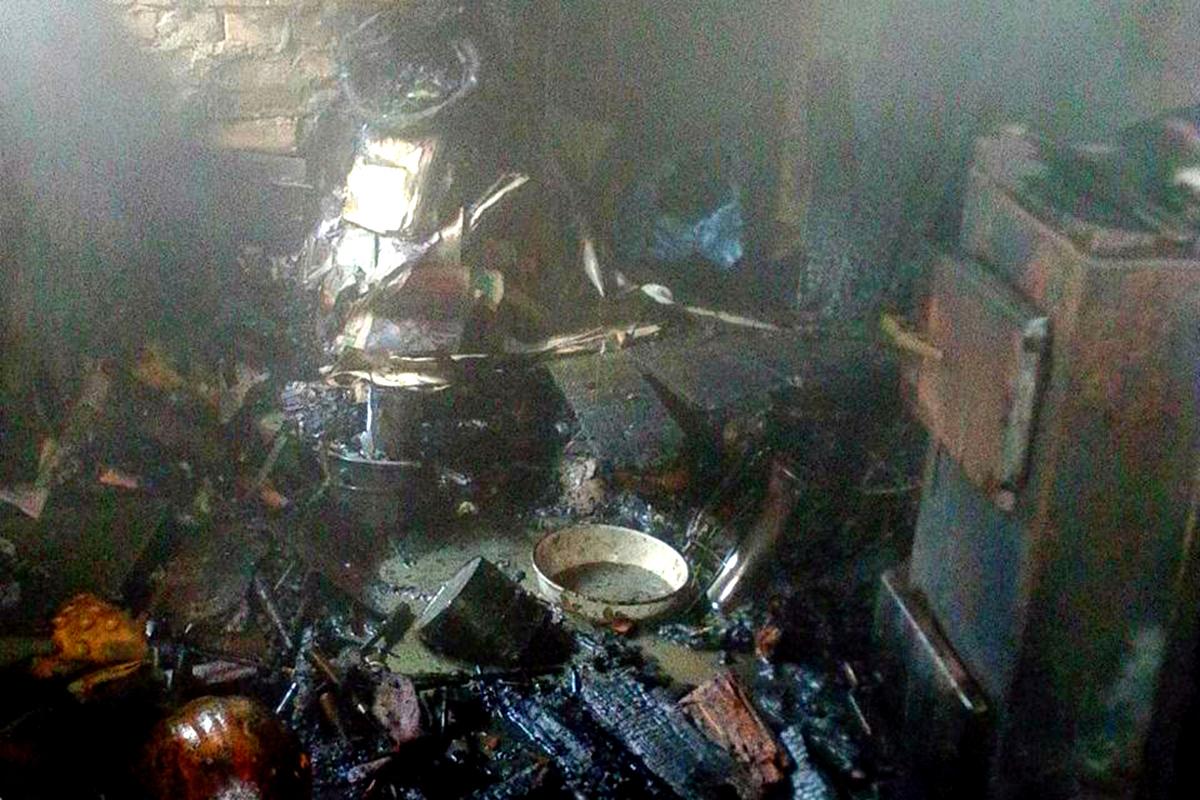 В Никополе горел частный дом