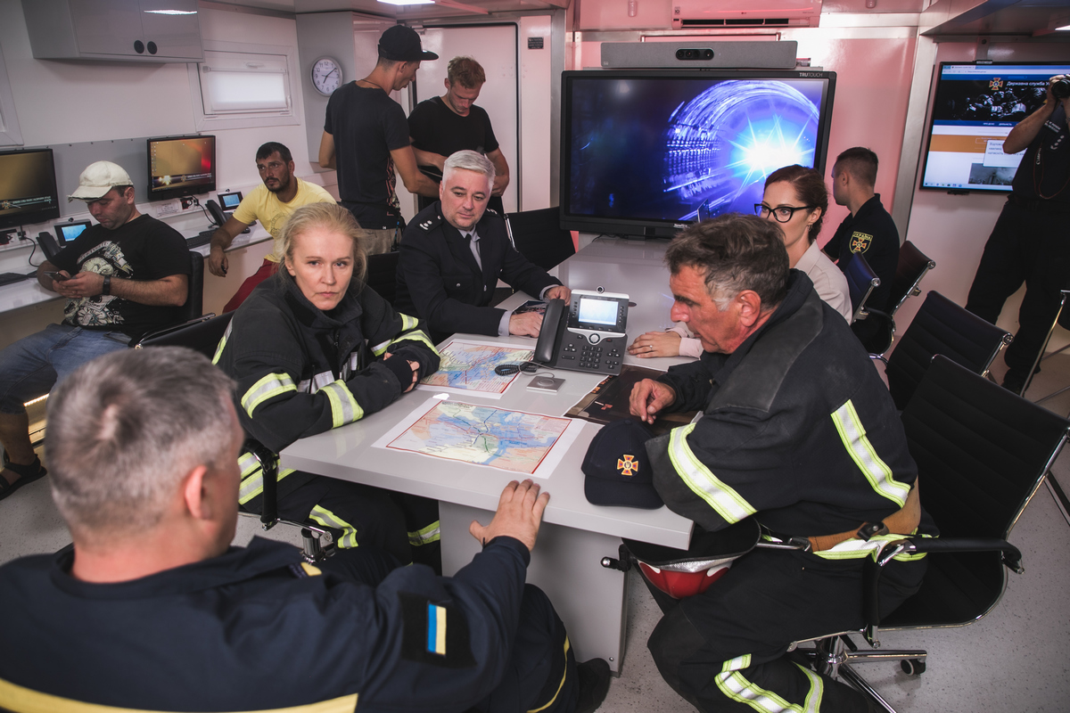 Сотрудники ГСЧС снялись в первом сериале об украинских спасателях